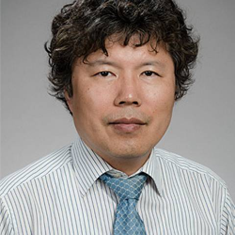 "Provider headshot of Kwanghoon ""Bobby"" Han, MD"